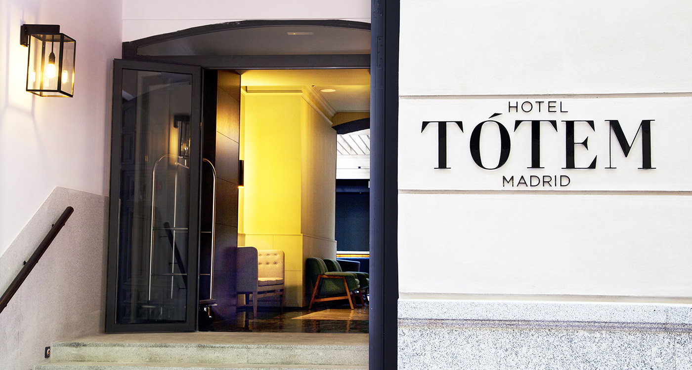 facade entrance sign hotel totem madrid