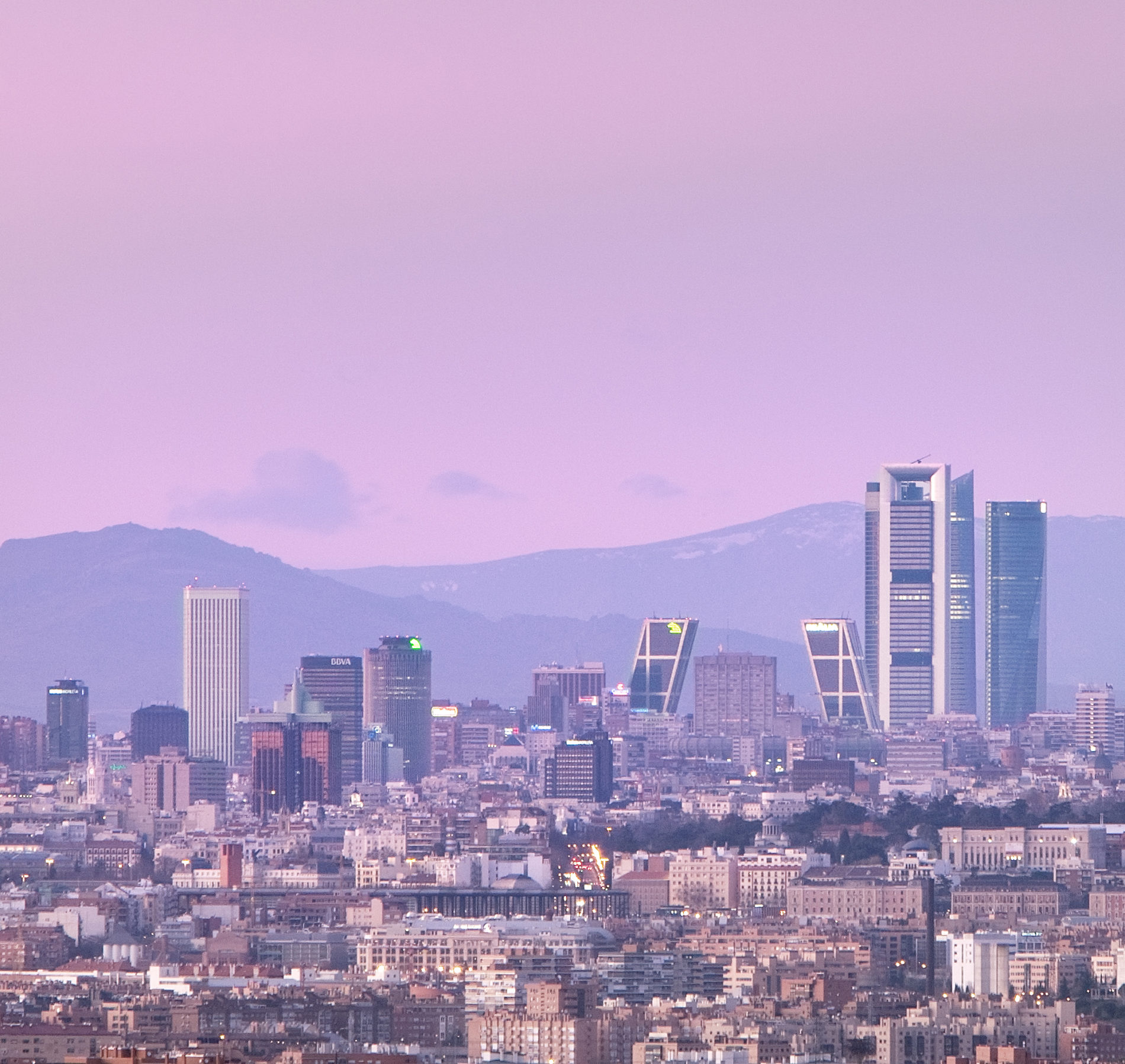 10 Plans Not To Be Missed If You Come To Madrid Tótem